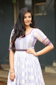 sri mukhi latest glamorous photos-thumbnail-20