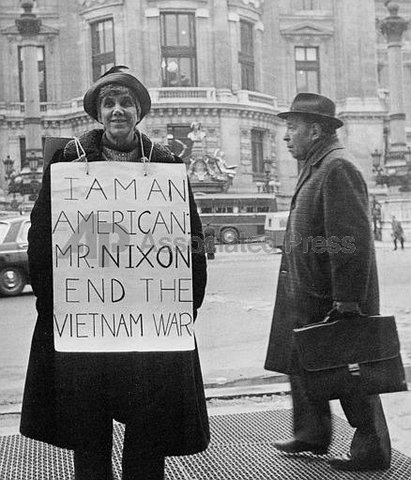 how did the vietnam war affect Social effects of the vietnam war the effect of the vietnam war on australia the controversial vietnam war had a huge impact on australian society.