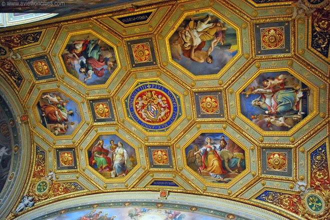 Ceiling -detail,-Vatican-Museums