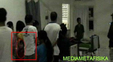 Hantu Anak Terekam Kamera Wartawan di Rumah Sakit