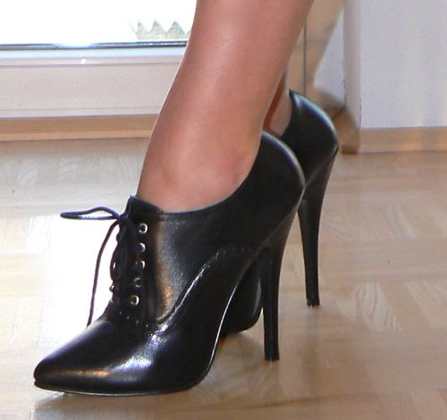 5 1/2 inch Oxford High Heels