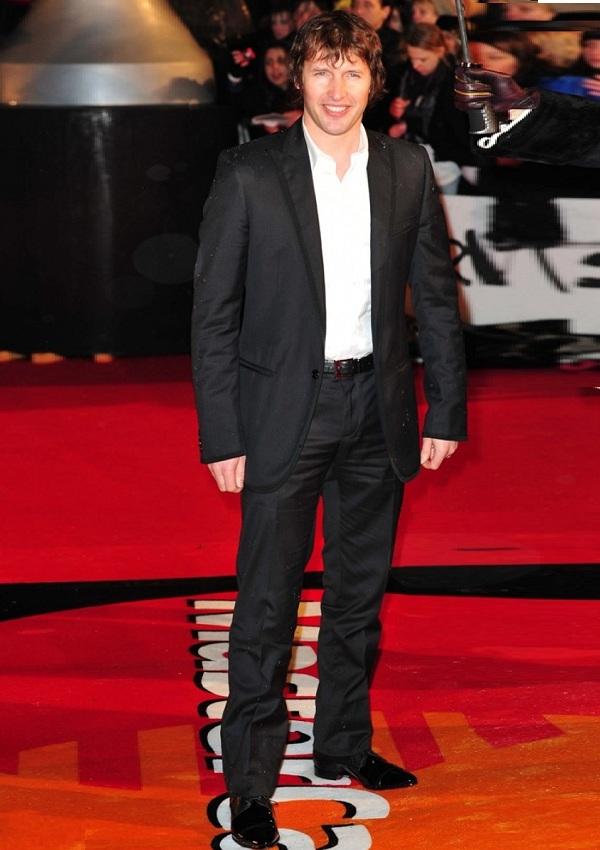 James blunt height cm