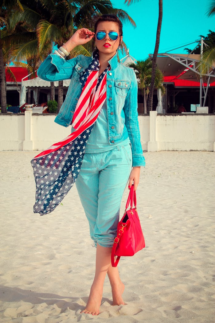 red-tote-american-flag-scarf