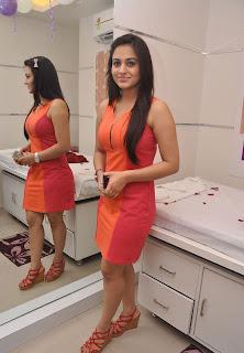 aksha hot photos at natural spa