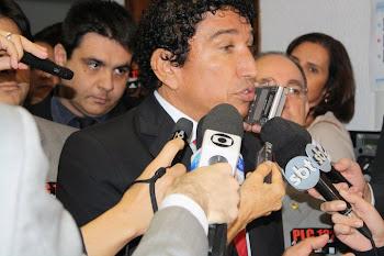Senador Magno Malta quer ouvir o Brasil Sobre a polêmica da PL 122