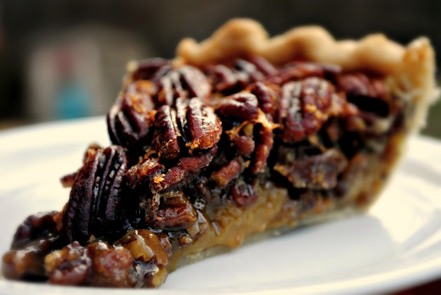 The Best Pecan Pie l SimplyScratch.com