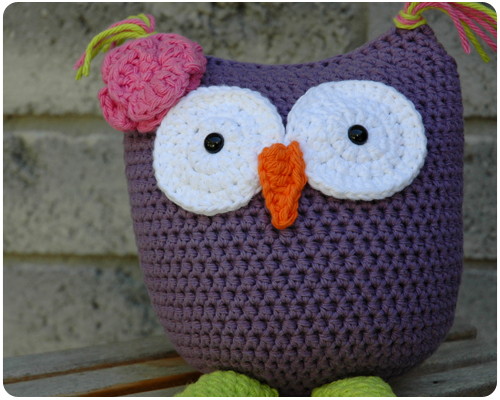 Free Crochet Pattern For Owl Toy : Crafty Cucumber: Crochet Owl Toy