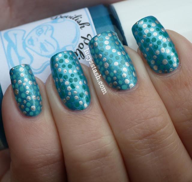 Blue, aqua and green nail art dotticure