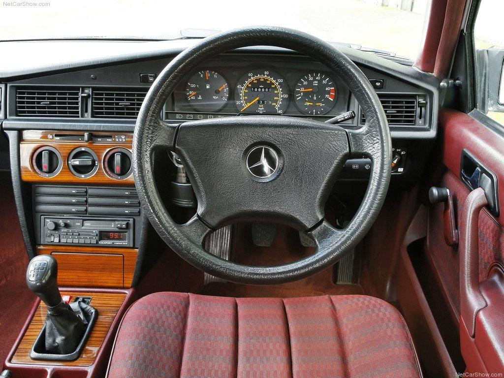 http://2.bp.blogspot.com/-KNlckc-GwC0/UJ7dII4RkJI/AAAAAAAAA7o/zFE0iJsMEfk/s1600/Mercedes-Benz-190E_1984_1024x768_wallpaper_41.jpg