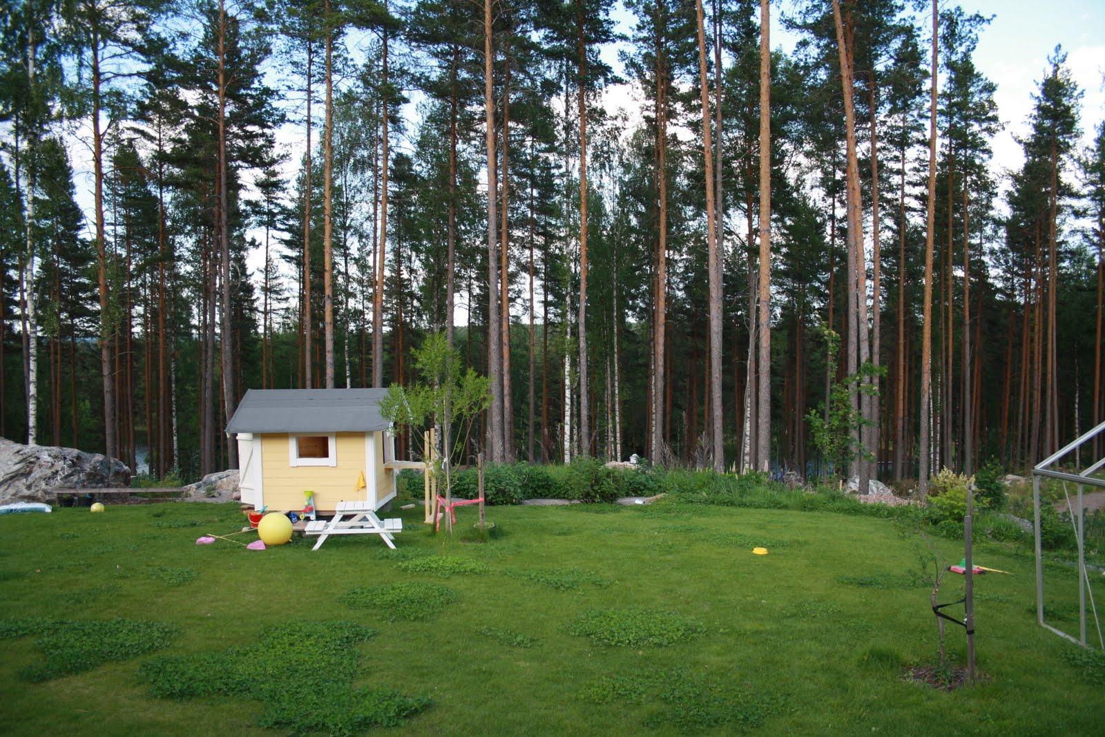 Lindövägen 56: Tak över uteplats och gallring - Bilder