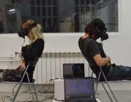 Casal troca de corpos por meio da realidade virtual