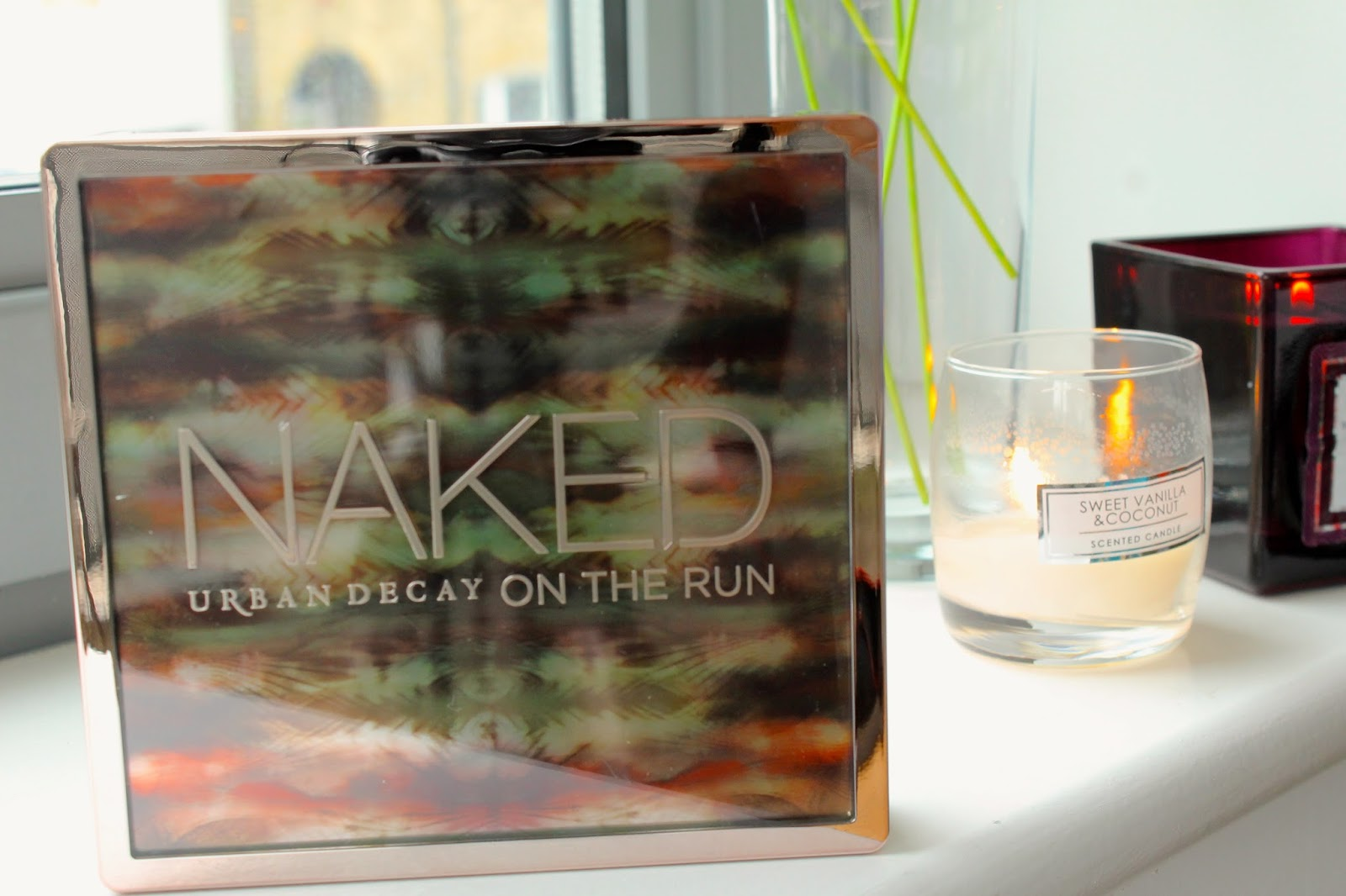 Bec Boop reviews urban decay naked on the run