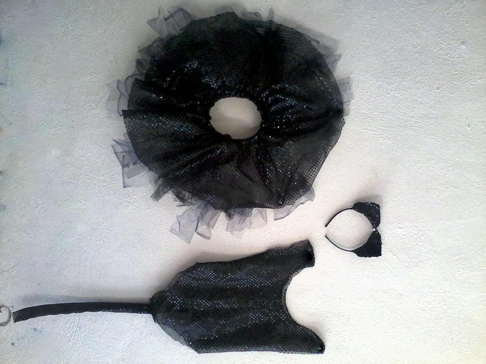 como+hacer+un+disfraz+completo+de+gatita+negra+paso+a+paso.jpg