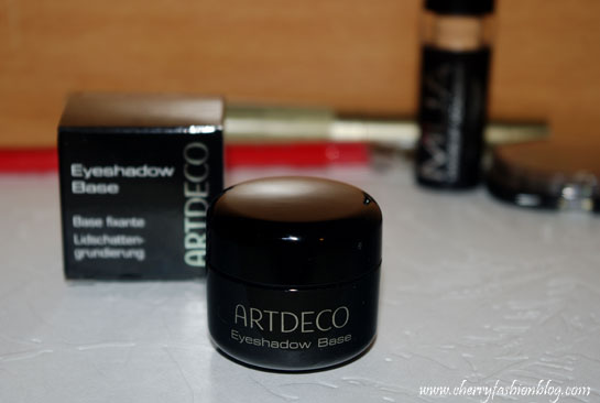 Artdeco eyeshadow base, eyeshadow base, eyeshadow primer