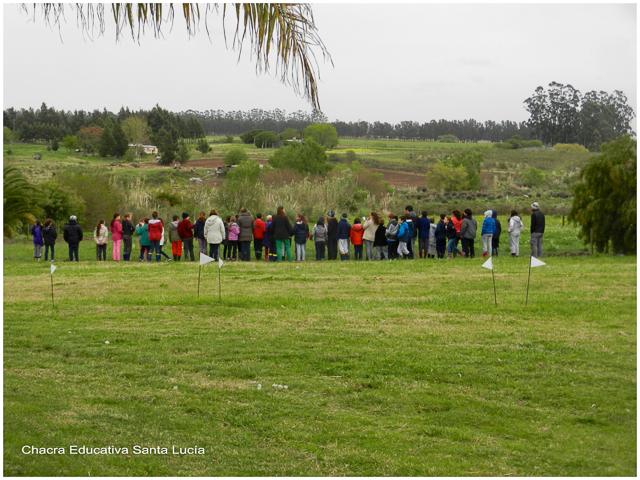 Escolares en su visita - Chacra Educativa Santa Lucía
