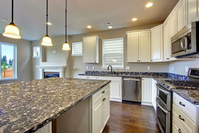 Kitchen Ideas With White Cabinets and Black Countertops