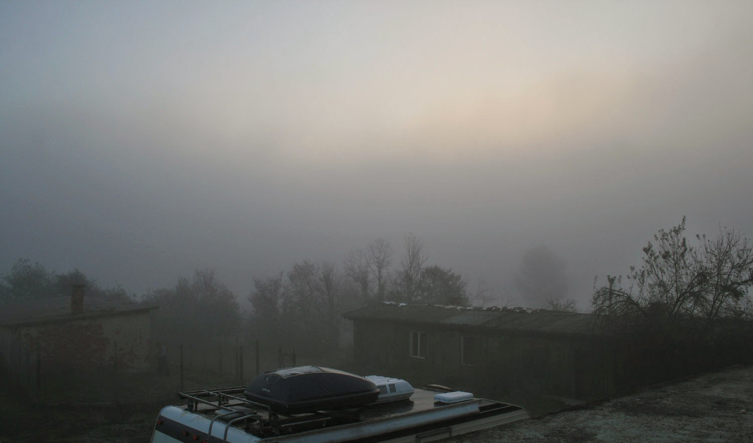 Thick mist descended