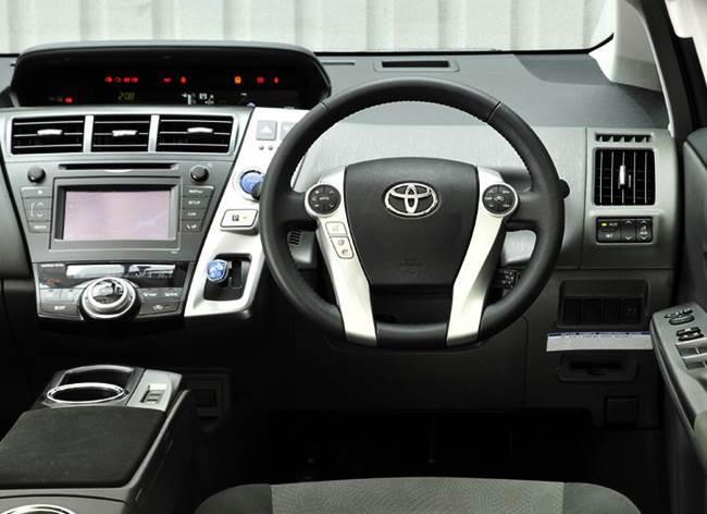 Toyota Prius+ MPV 1.8 VVT-i Review
