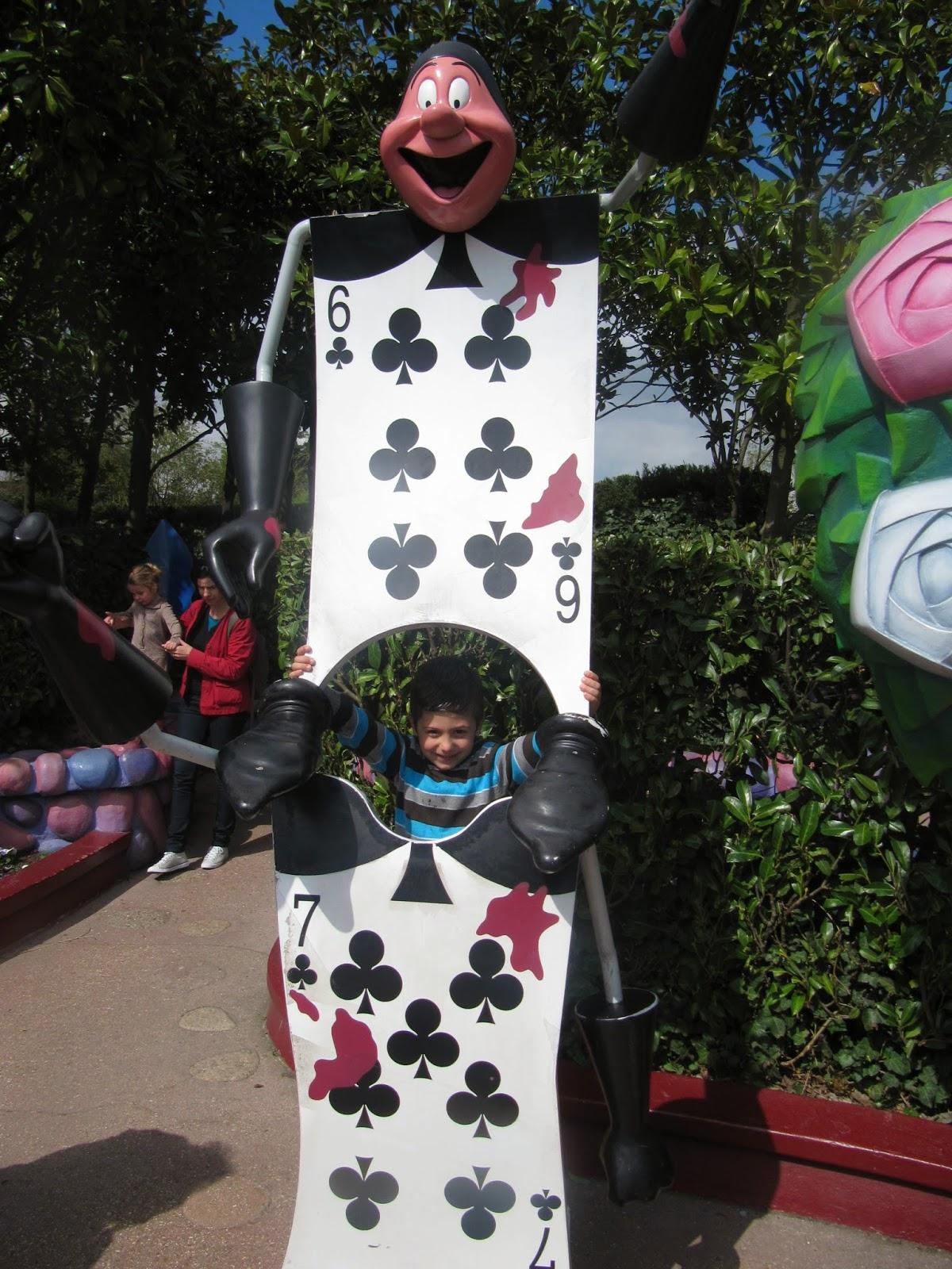 El Laberinto de Alicia. Atracciones de Disneyland Paris