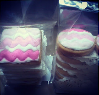 chevron fancy cookies for i like card dessert table