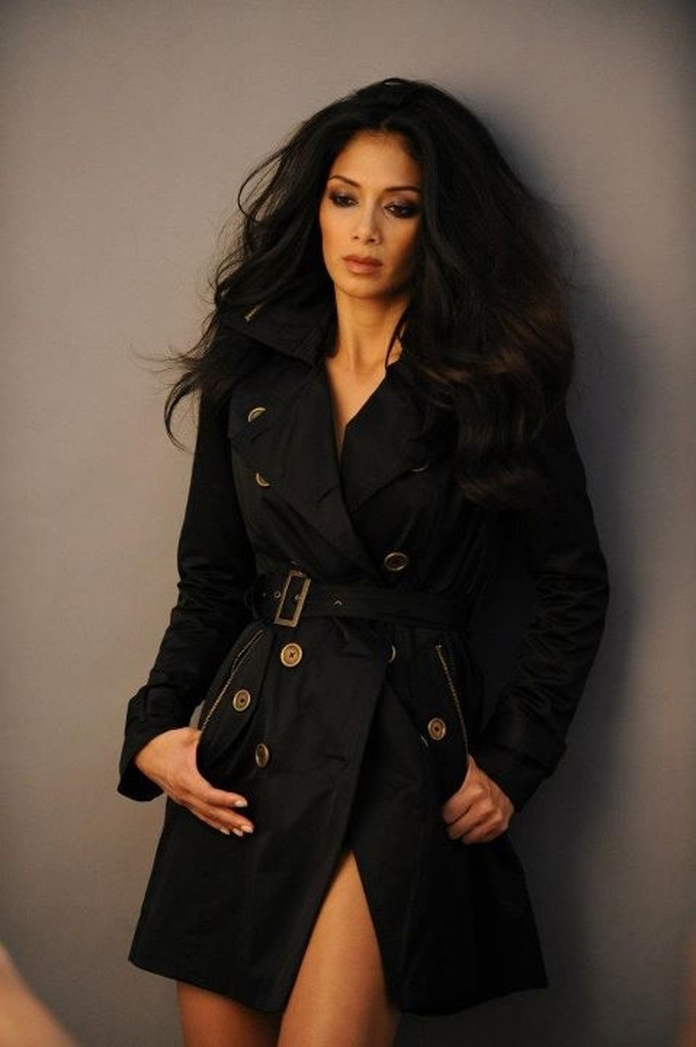 Nicole Scherzinger Long Curly Hairstyles 06