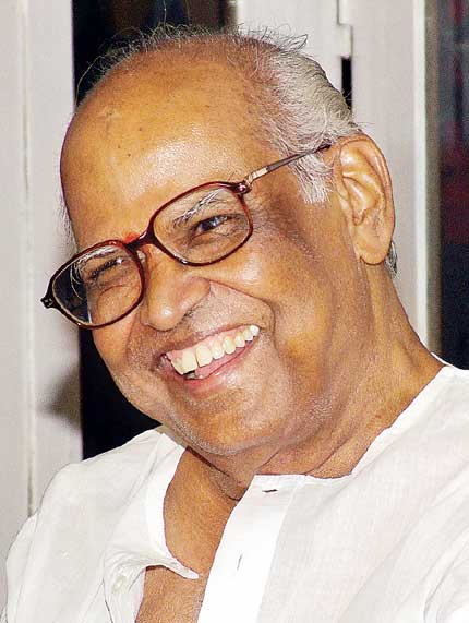 The Legend director Bapu Passes away