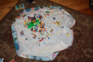 Lego playmat, bag