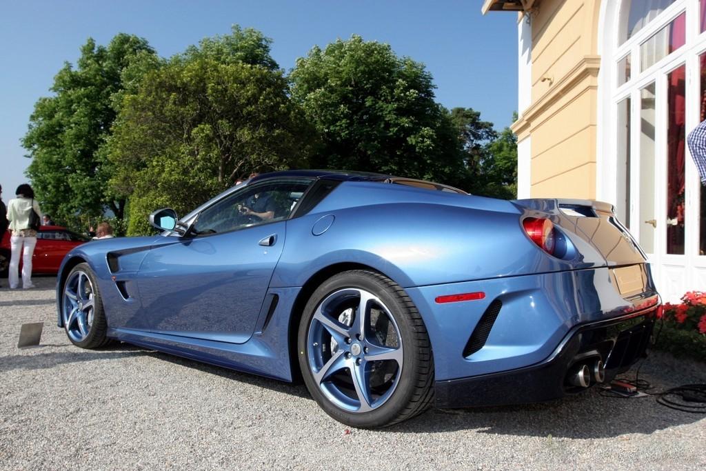 para la presentación en publico de este Ferrari Superamerica 45