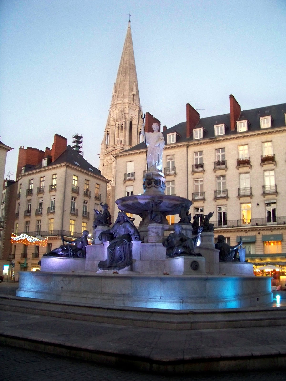Top world travel destinations nantes france for Best vacation spots in france
