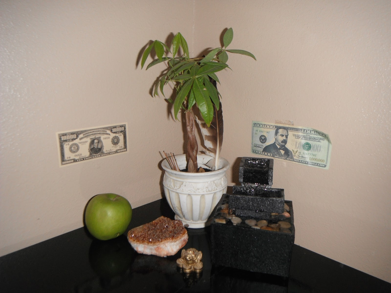 Feng shui money corner in bedroom