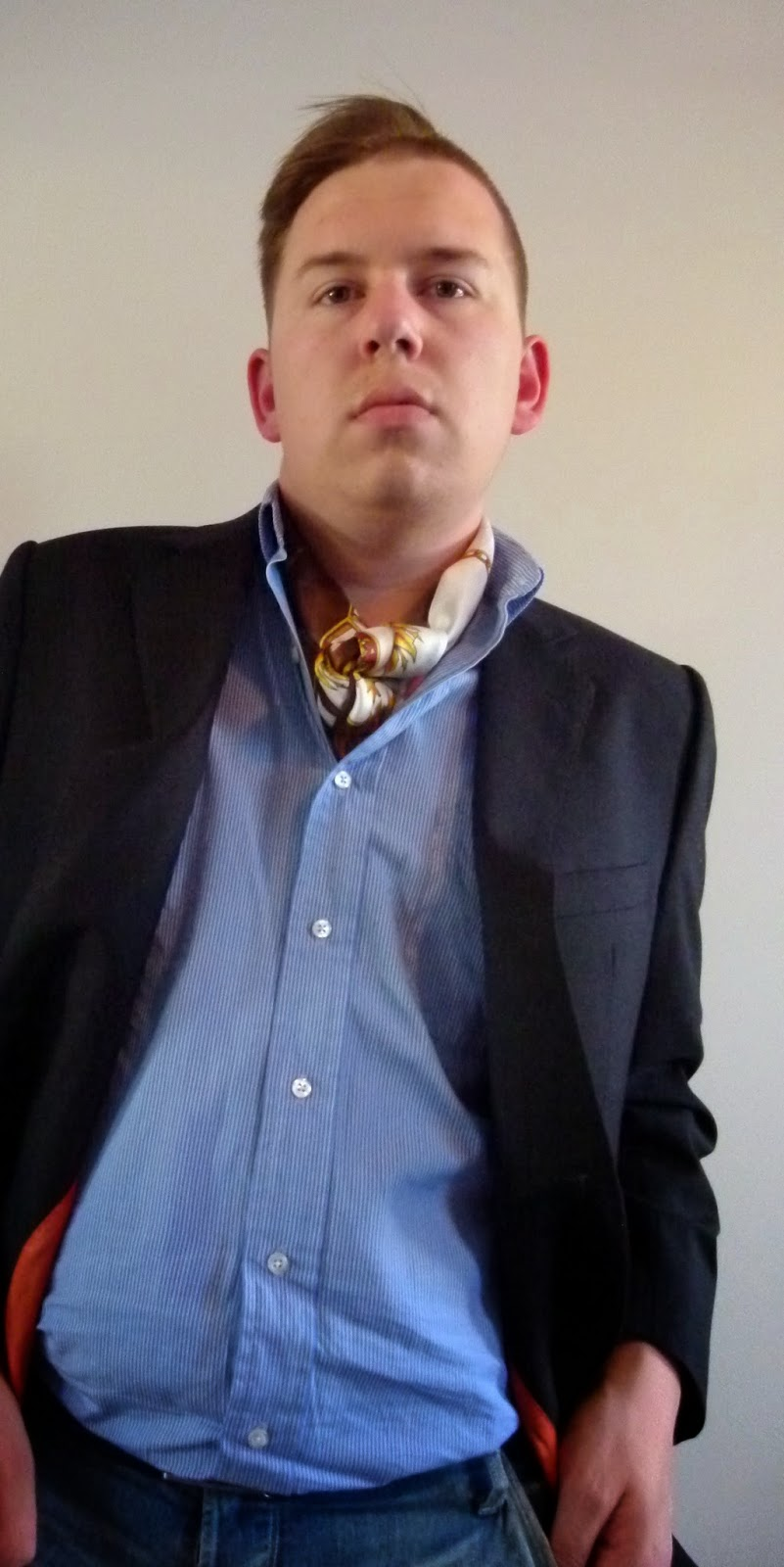 Daily outfit a scarf in place of a tie ink leathers i decided to forego a necktie today and went with a scarf tied and resting inside my shirt its a look that ive admired on men much more stylish than ccuart Gallery