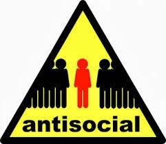 antisosial, aktiviti di hujung minggu, aktiviti semasa bercuti, apa yang dilakukan semasa hari cuti
