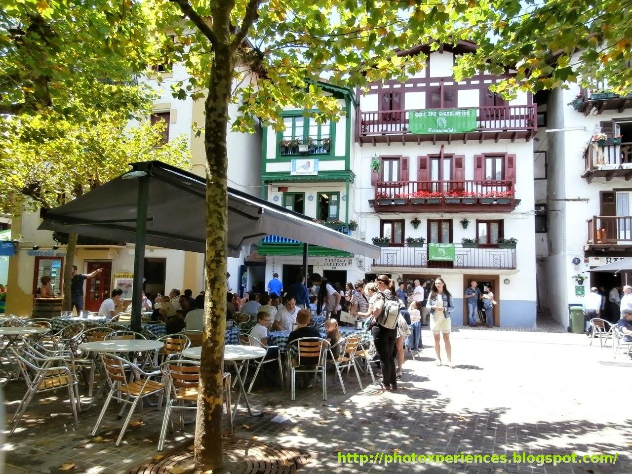 Casas y bares típicos del Barrio de la Marina de Hondarribia - Fuenterrabía