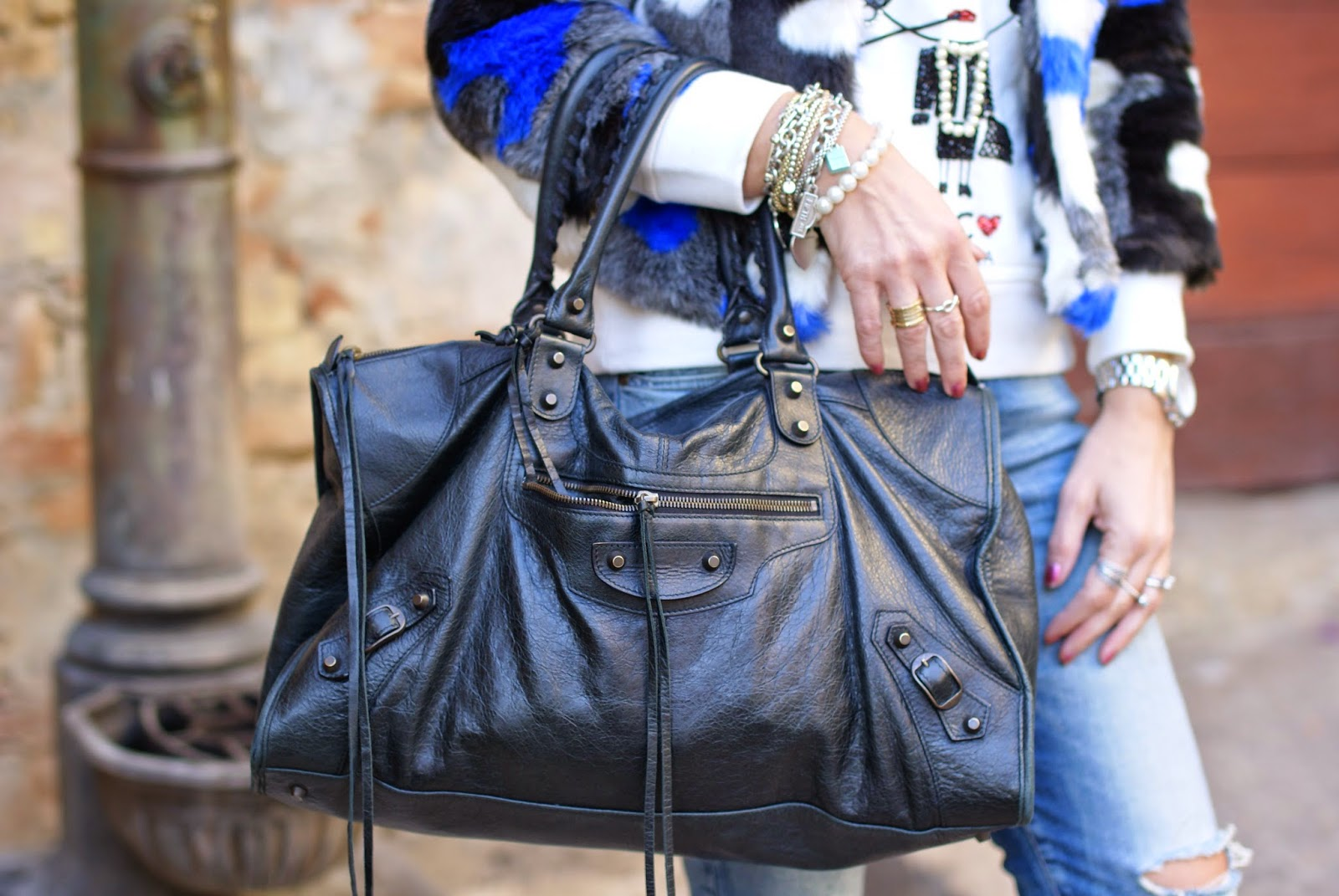 Balenciaga work black bag, Fashion and Cookies, fashion blogger