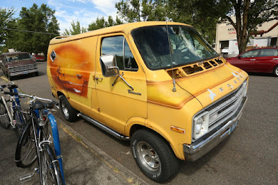 1977 Dodge Tradesman 200 Select Vans Surfer airbrush