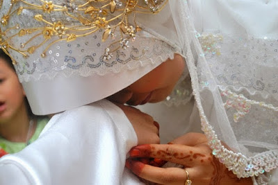 Kekufuran Istri kepada Suami