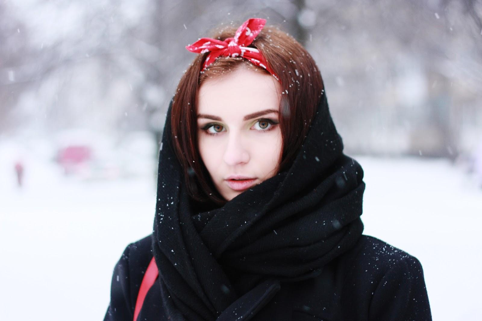 Русские девочки дают полизать парню 24 фотография
