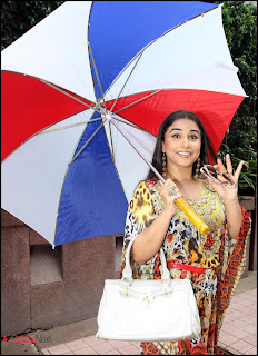 Vidya Balan Picture Gallery at Special Fun Lunch Party Promoting GHANCHAKKAR Hindi Movie 0006