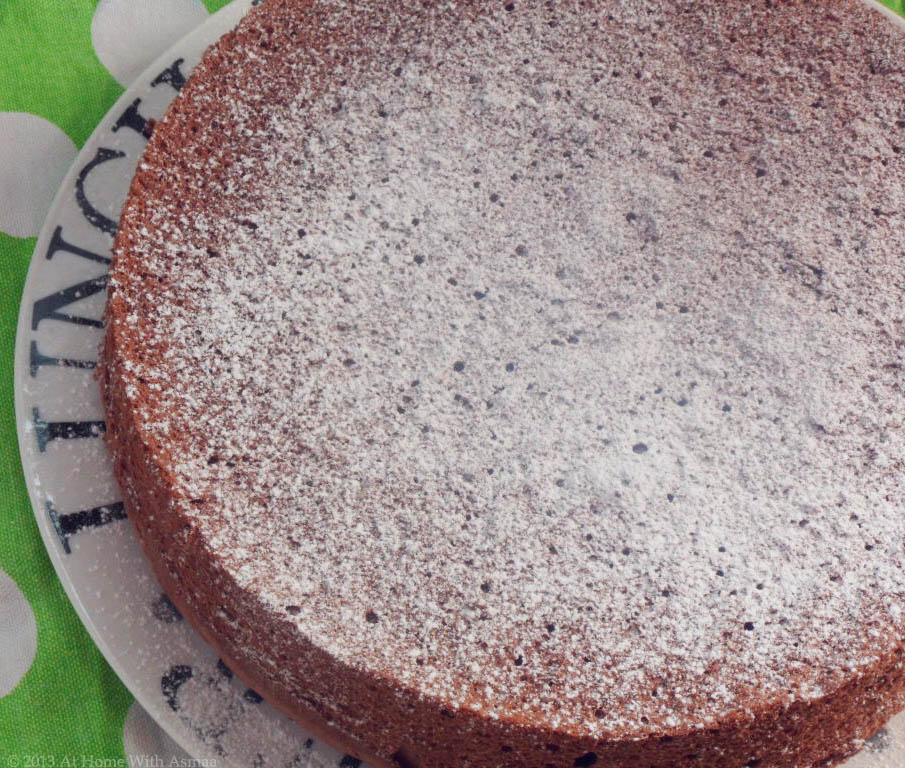 Cake recipe chocolate sponge cake quick recipe for Chocolate sponge ingredients