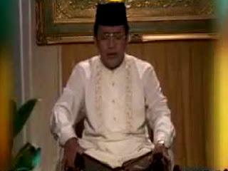Download Mp3 Tilawah Qori' H. Muammar ZA (Ayat Peringatan Maulid Nabi)
