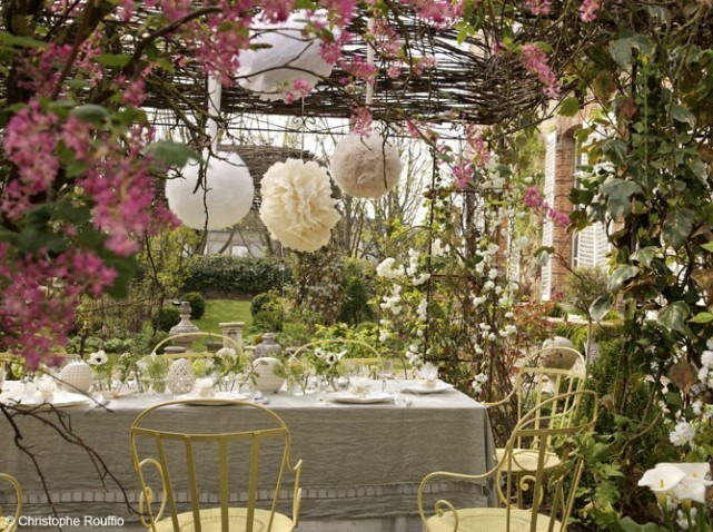 A garden wedding design gourmande for Deco noel maison de campagne