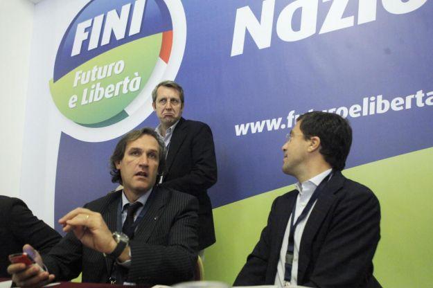 Il cicalino febbraio 2012 for Camera deputati telefono