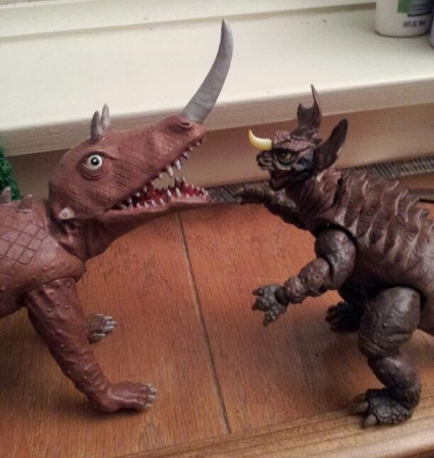 Barugon Vs Baragon