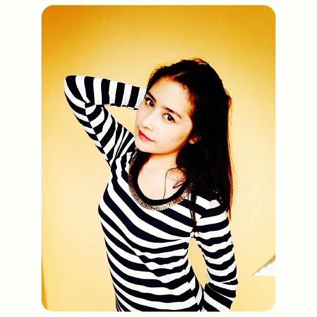 Foto Hot Prilly Latuconsina