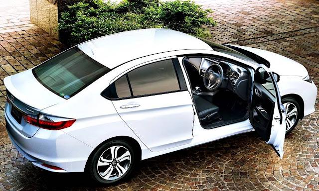 2015 Honda Grace Design