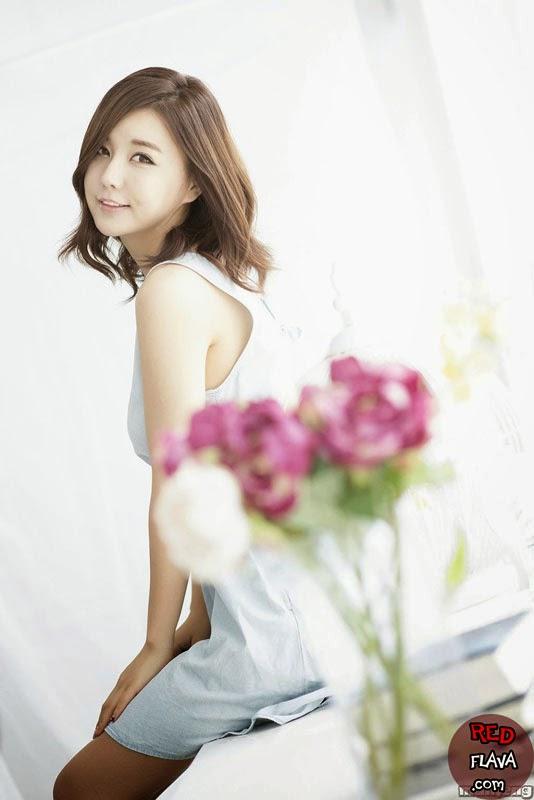 Ryu Ji Hye photo 002