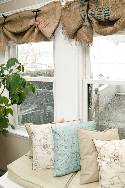 Burlap Valances For Windows : Gracefully vintage wonder of burlap