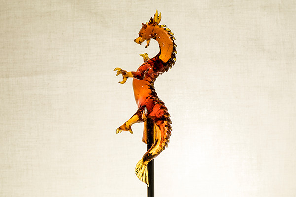 08-Japanese-Dragon-Ame-shin-Amezaiku-Japanese-Art-of-Candy-Animal-Sculptures-www-designstack-co