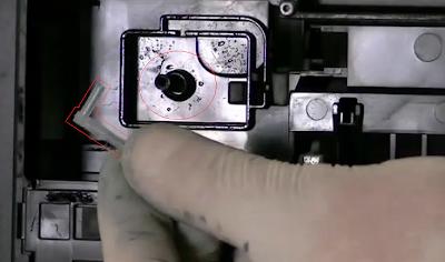 conectar el codo por donde sale la tinta desperdicio de la impresora