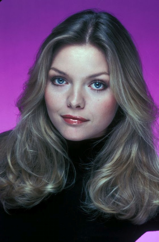 cleveland854321: SOMETIMES WHEN IT'S LATE AT NIGHT Michelle Pfeiffer Young
